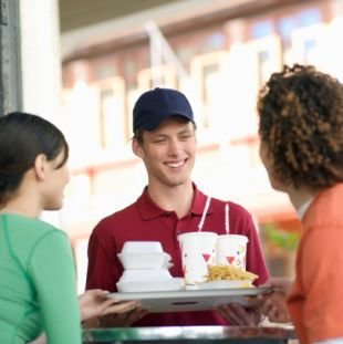 fast food affecting young kids In fast food restaurants, super-sized meals can lead us to purchase and eat  more  adults and children who eat regular meals tend to have better diets and  be.