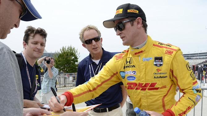 Power on pole in Texas, Helio expects tougher race