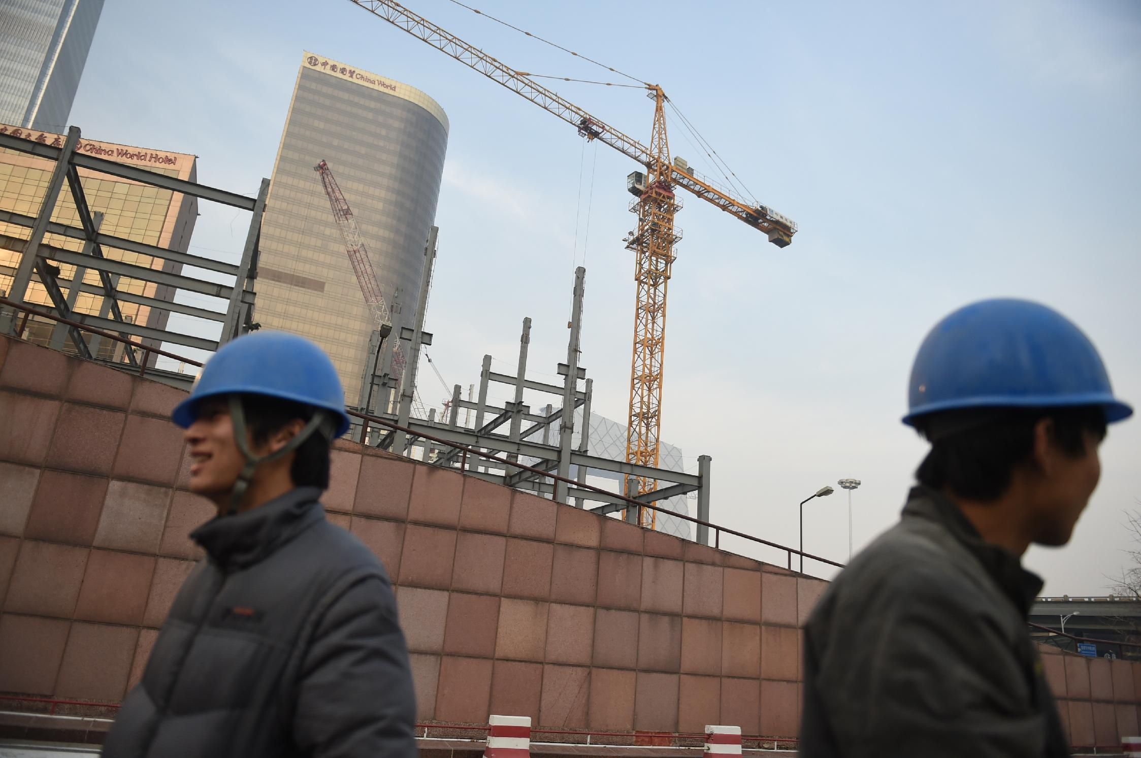 China total GDP revised up 3.4% in 2013, govt data shows