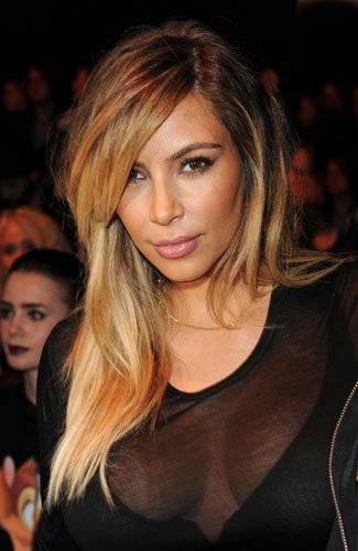 Kim Kardashian Goes From Brunette To Blonde Hair