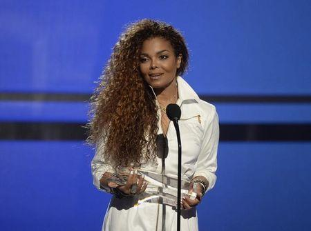 Janet Jackson notches seventh No. 1 album on Billboard 200 chart