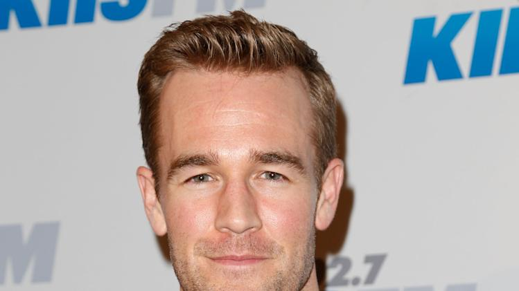 James Van Der Beek Takes to the Stage in 'The Gift'