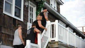 Hurricane Sandy Pummels Jersey Shore, But House of Snooki Still Stands