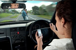 Feds show texting/driving up 50%