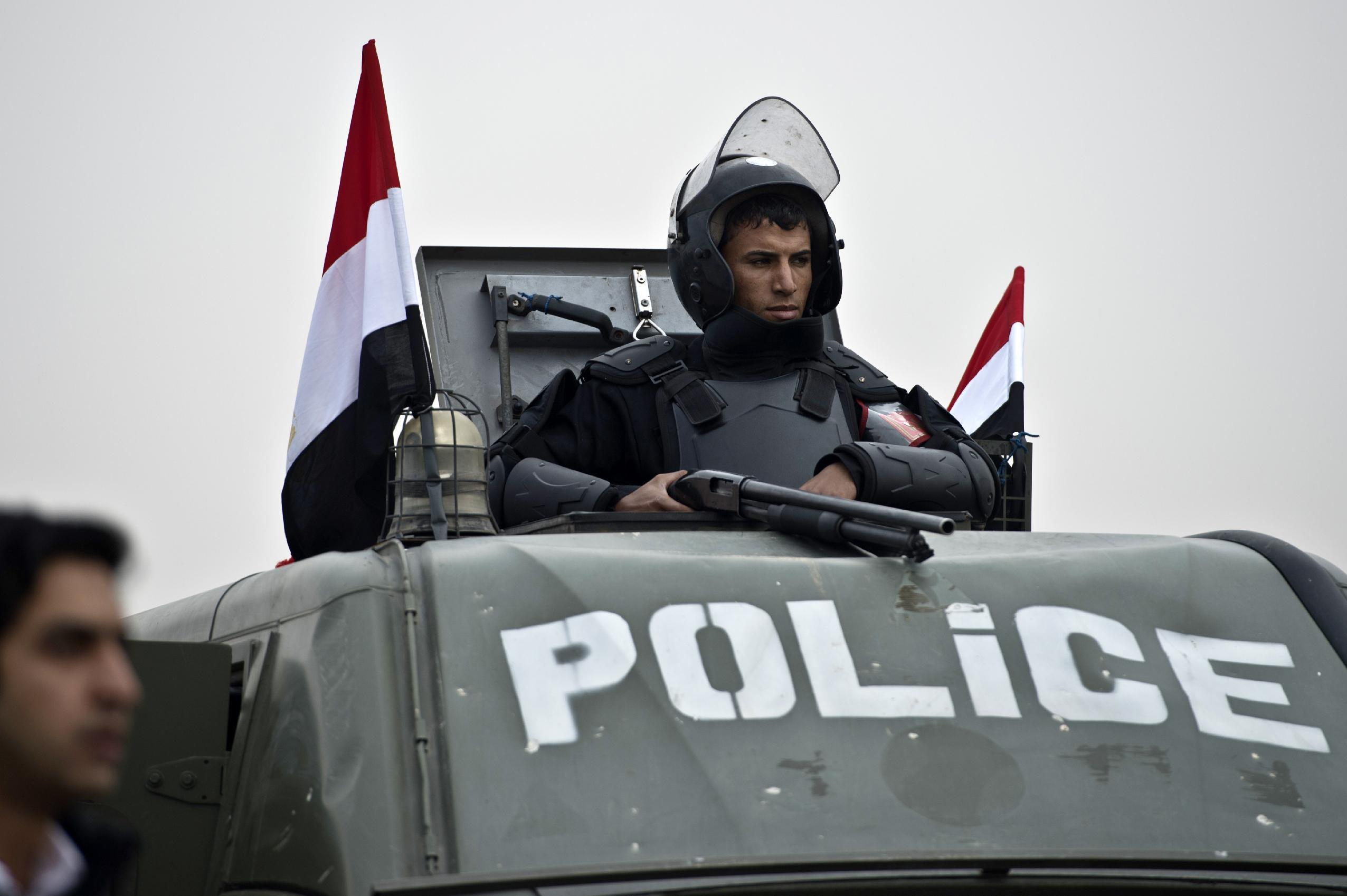 British embassy in Cairo reopens to the public