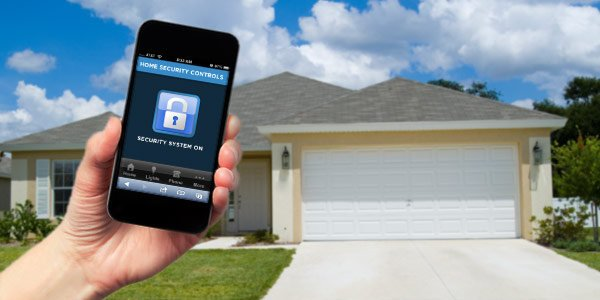 <p>A home security system can give you 'remote control' when you're away. | Photo: Thinkstock</p>