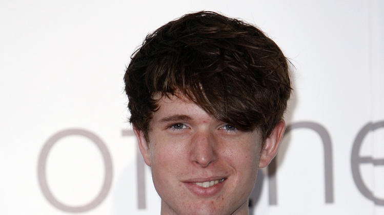 "FILE - This Sept. 6, 2011 file photo shows British musician James Blake at the Barclaycard Mercury Prize awards ceremony at the Grosvenor House Hotel in London. Blake's, ""Retrograde,"" was the most viral track on Spotify from Monday, Feb. 11, to Sunday, Feb. 17, 2013. (AP Photo/Akira Suemori, file)"
