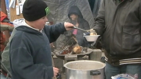 Oregon Boy's Bucket List: Feed the Homeless