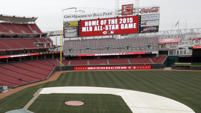 The scoreboard at Great American Ballpark displays that the Cincinnati Reds have been named to host the 2015 Major League Baseball All-Star Game following a news conference, Wednesday, Jan. 23, 2013, in Cincinnati. (AP Photo/Al Behrman)