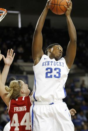 No. 7 Kentucky tops Bradley women 117-77