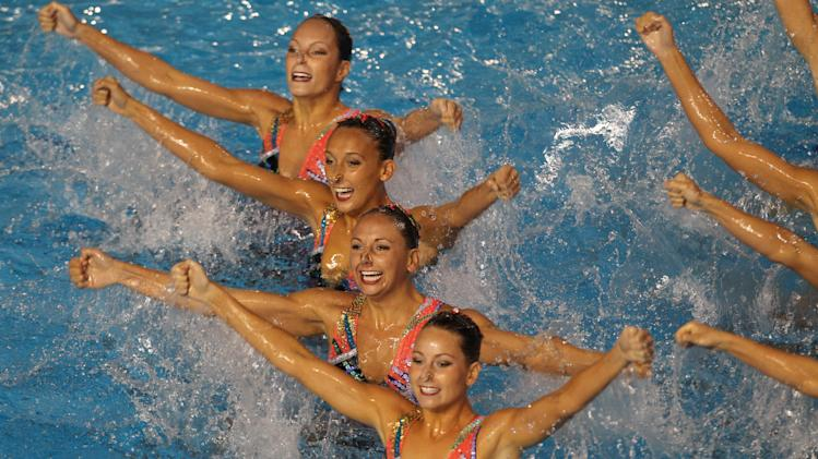 Canada's team competes in the synchronized swimming technical routine preliminary at the Pan American Games in Guadalajara, Mexico, Wednesday, Oct. 19, 2011.  (AP Photo/Silvia Izquierdo)