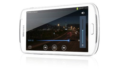 Samsung Galaxy Player 5.8: Small tablet or giant MP3 player?. Audio, MP3 players, Tablets, Samsung, Samsung Galaxy Player 58, IFA2012 0