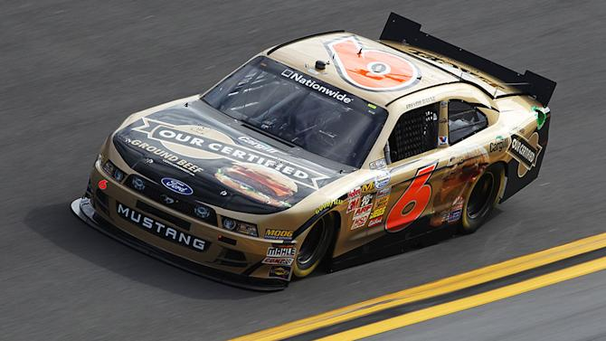 Bayne bears down for Nationwide pole at Daytona