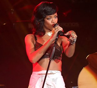 'I Have No Regrets': Rihanna Pens Handwritten Letter To Fans Amid Chris Brown Split Rumours