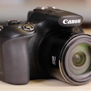 Canon SX60 HS packs all the zoom you can handle