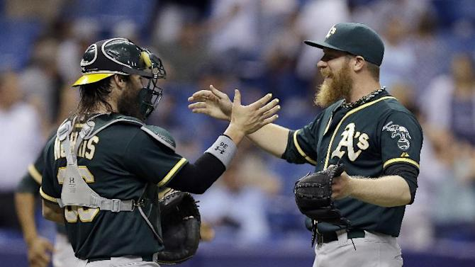 Moss' HR is A's only hit in 3-2 win over Rays