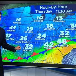 New storm bringing snow, ice headed for Northeast