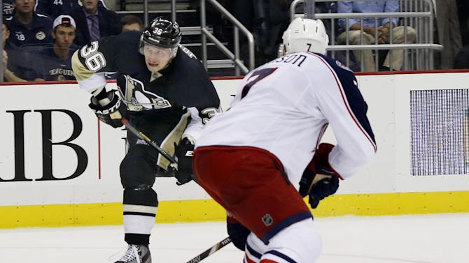Jenner lifts Jackets over Jokinen, Penguins, 5-3