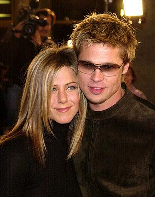 Premiere: Jennifer Aniston and Brad Pitt at the Westwood premiere of Spy Game - 11/19/2001