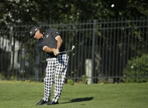 Snedeker breaks own record and wins Pebble Beach