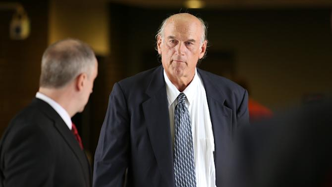 Former Minnesota Gov. Jesse Ventura, right, made his way back into Warren E. Burger Federal Building during the first day of jury selection in a defamation lawsuit, Tuesday, July 8, 2014 in St. Paul, Minn. Ventura filed the defamation lawsuit against the Chris Kyle estate, claiming that Kyle's account of a bar fight in a book he wrote was false. (AP Photo/The Star Tribune, Elizabeth Flores) MANDATORY CREDIT; ST. PAUL PIONEER PRESS OUT; MAGS OUT; TWIN CITIES LOCAL TELEVISION OUT