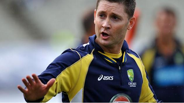 Cricket - Clarke backs rotation policy