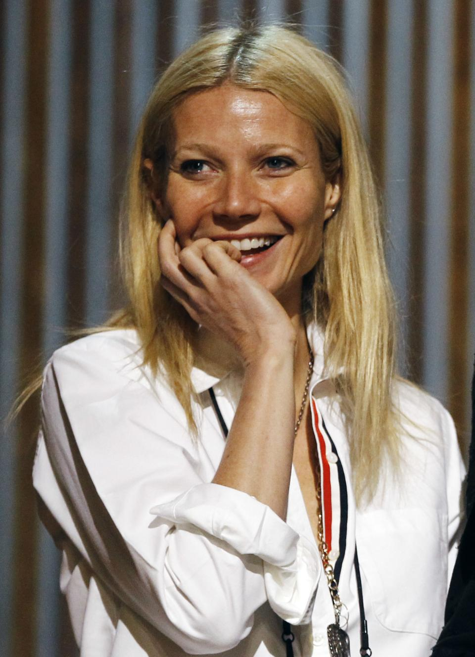Gwyneth Paltrow rehearses for Sunday's 84th Academy Awards Saturday, Feb 25, 2012 in Los Angeles. (AP Photo/Chris Carlson)