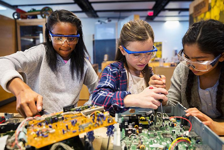 Why Hacking, Tinkering, and Tech Aren't Just for White Boys
