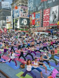 Mind Over Madness transforms New York&#39;s Times Square into a giant yoga studio