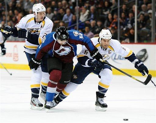 Rinne's 32 saves lift Predators past Avalanche