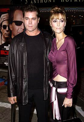 Premiere: Ray Liotta and wife Michelle Grace at the Westwood premiere of MGM's Bandits - 10/4/2001