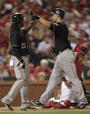 Pirates whip Cardinals 14-5 for 3rd in row