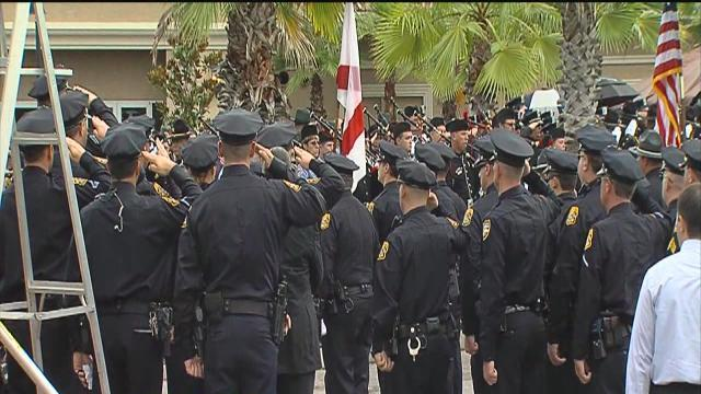 Community honors heroes by raising money for the families of fallen officers