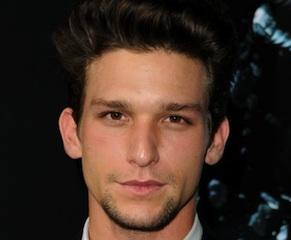 Fox Pilot Scoop: Secret Life's Daren Kagasoff Is Emma Roberts' Delirium Love Interest
