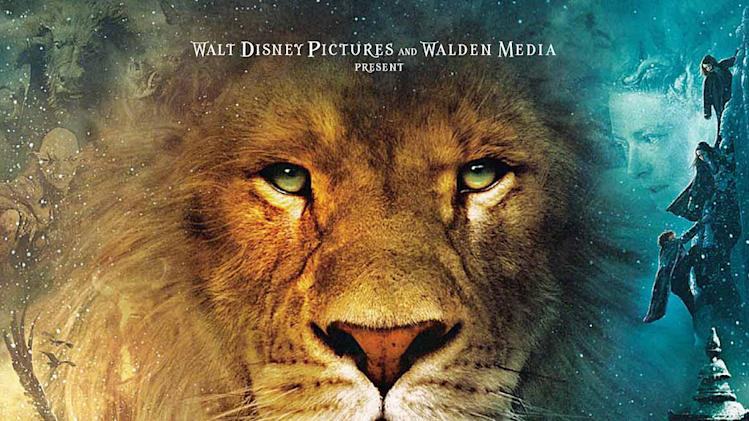 The Chronicles of Narnia the Lion the Witch and the wardrobe Walt Disney Pictures 2005 Poster