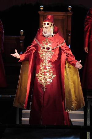 "This Saturday, Sept. 8, 2012 photo provided by the Los Angeles Opera shows Placido Domingo as Francesco Foscari in a scene from Verdi's ""The Two Foscari,"" at the Dorothy Chandler Pavillion in Los Angeles. (AP Photo/Los Angeles Opera, Robert Millard)"