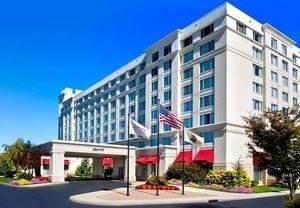 Enjoy a Romantic Escape With a Couples Getaway at a Somerset County Hotel