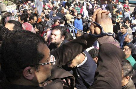 Thousands of Egyptian doctors protest over alleged police brutality