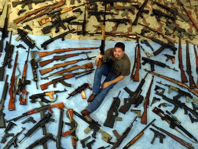 Massive gun collection! - The Club House