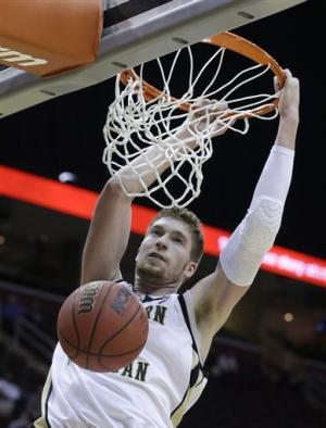 Western Michigan defeats Eastern Michigan 70-55