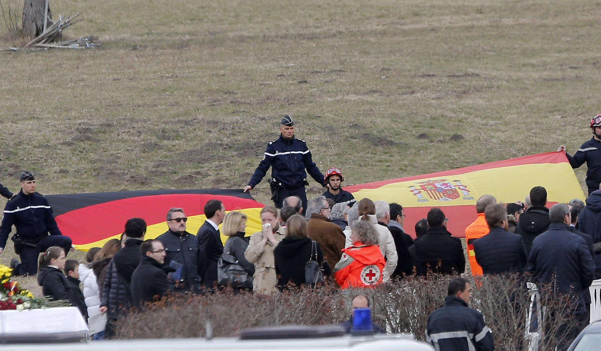 Co-pilot 'intentionally' destroyed plane, prosecutor says