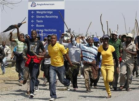 Two S.Africa Mines Reopen, Situation Still Tense