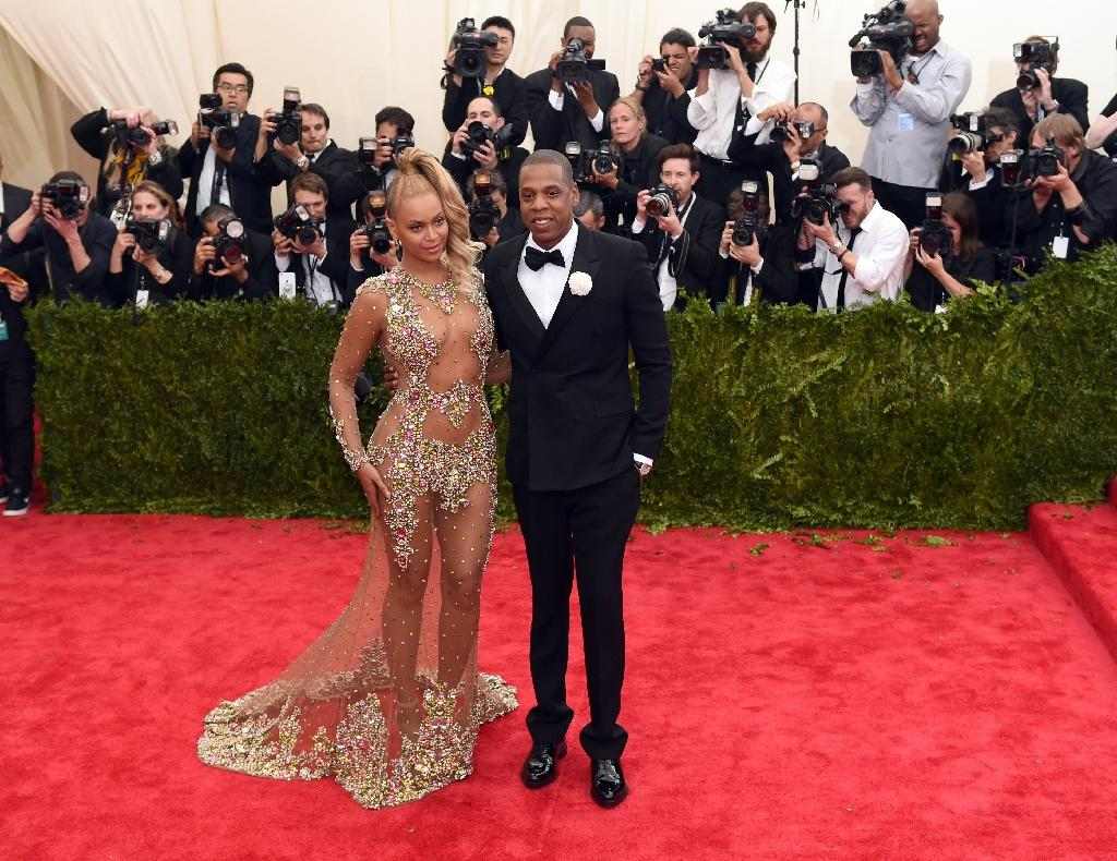 Beyonce, Pharrell sue over T-shirts with image