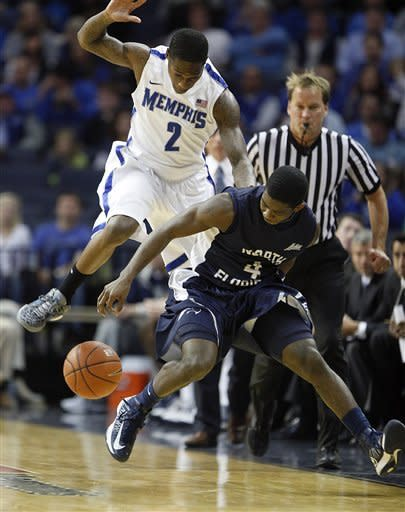 No. 17 Memphis beats North Florida 81-66
