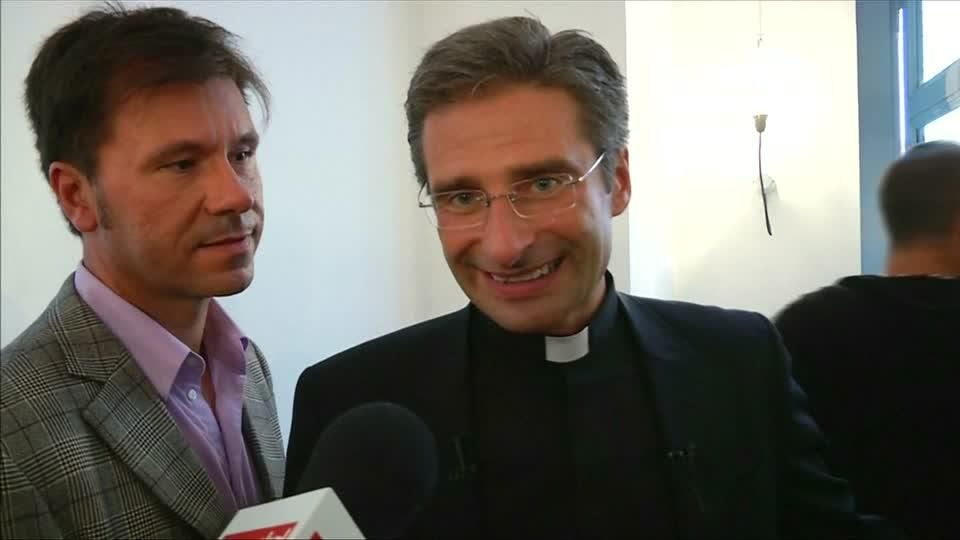 Vatican sacks gay priest after highly public coming out