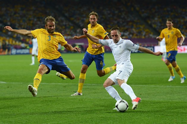 Sweden v France - Group D: …