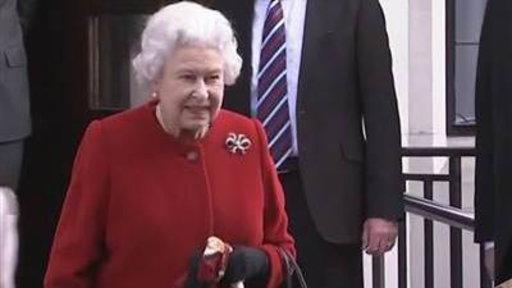 Queen Leaves Hospital After Stomach Illness