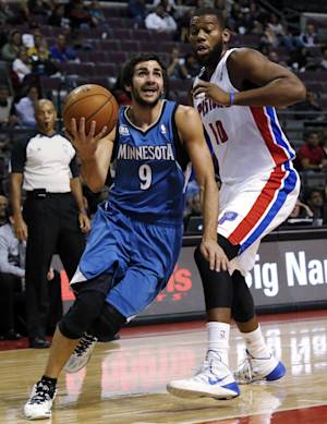Pistons beat Wolves on Smith's 3-pointer
