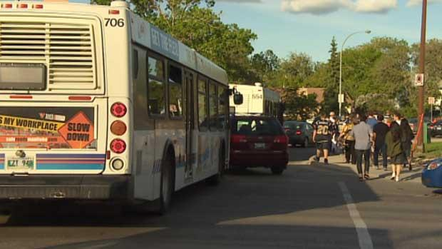 Hundreds of frustrated transit passengers opted to get off Winnipeg Transit buses and walk the rest of the way to Investors Group Field during last week's Blue Bombers game.
