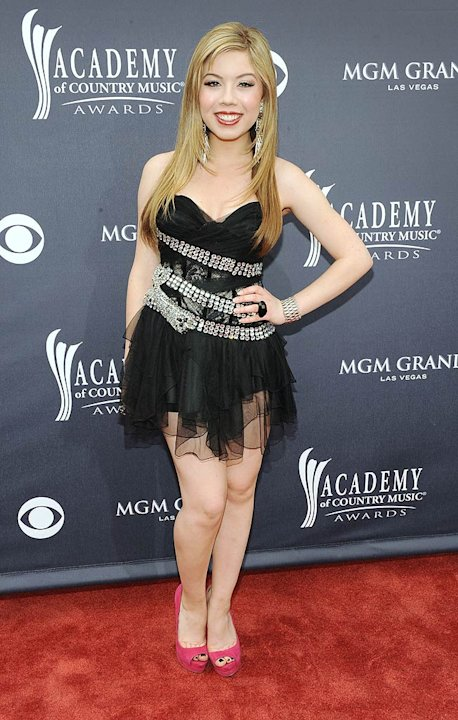 Jennette Mc Curdy ACMA Awards